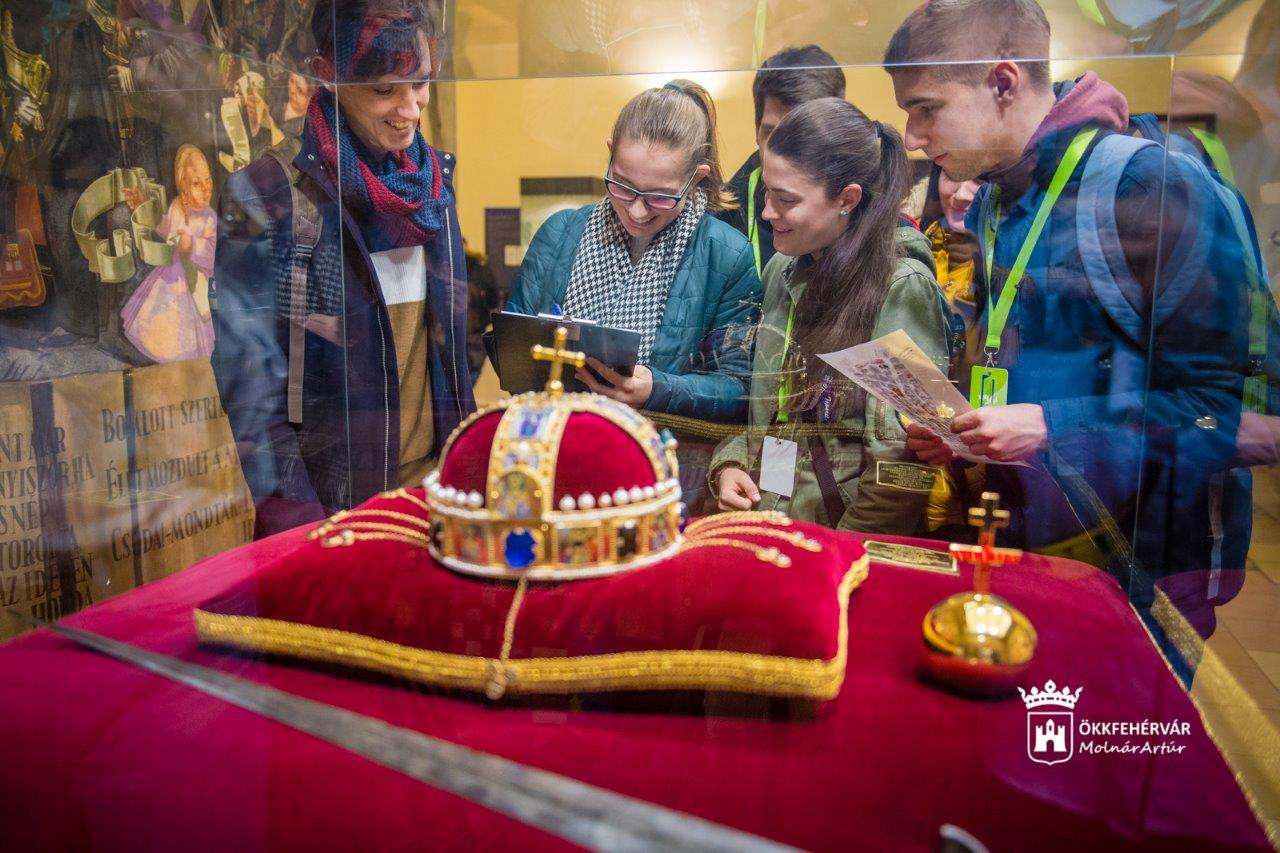 Több mint száz fehérvári diák a Siklósi Gyula Városismereti verseny elődöntőjében